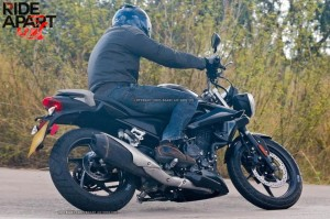 2014 Triumph 250cc Revealed India side colors